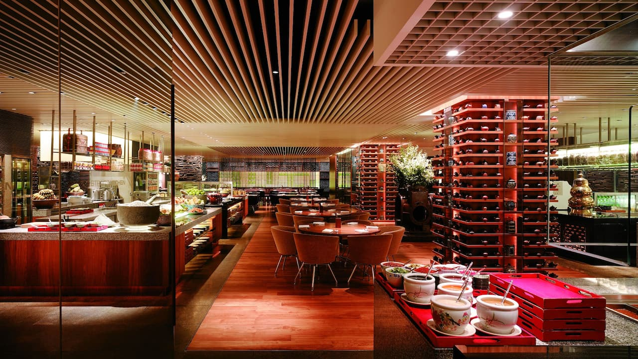 StraitsKitchen, Halal Buffet Restaurant Grand Hyatt Singapore