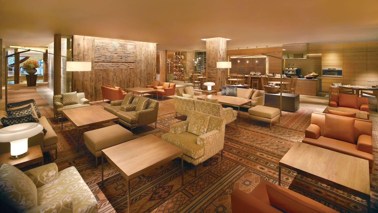 10 SCOTTS Living & Dining at Grand Hyatt Singapore