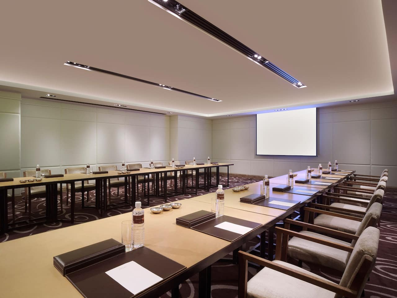 Grand Hyatt Taipei Function Room for Business Meetings and Conference Events