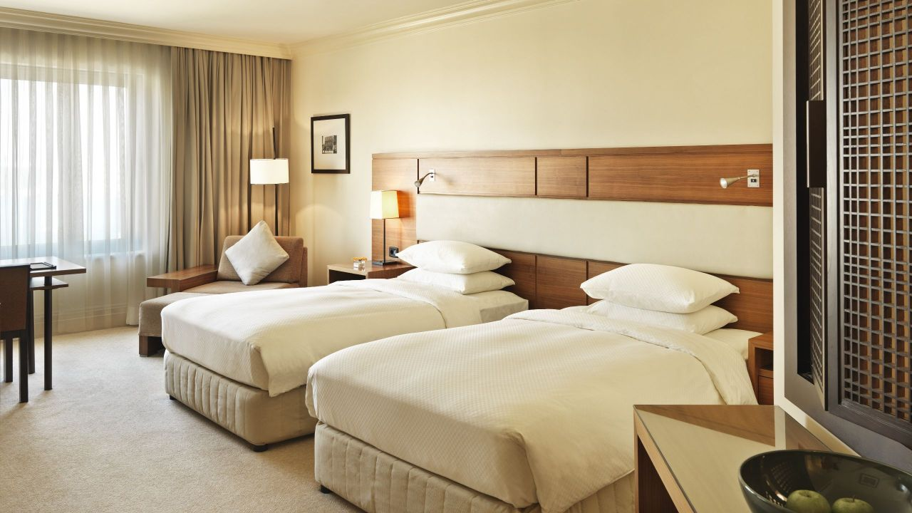 Grand Deluxe Twin Room