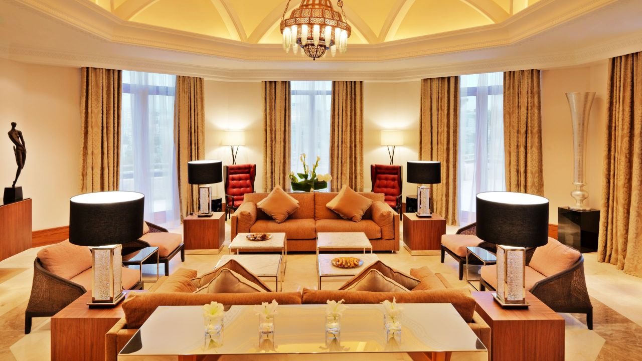 Grand royale suite living room