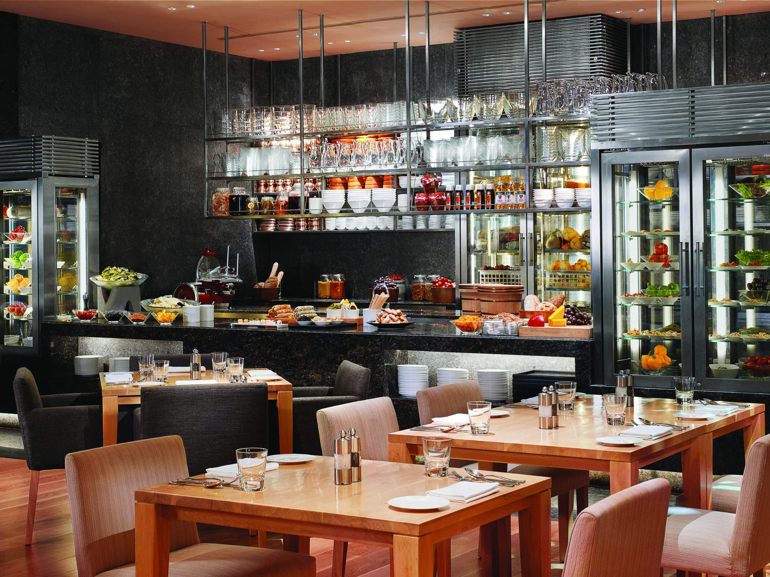 Luxury 5 Star Restaurants In Mumbai Grand Hyatt Mumbai
