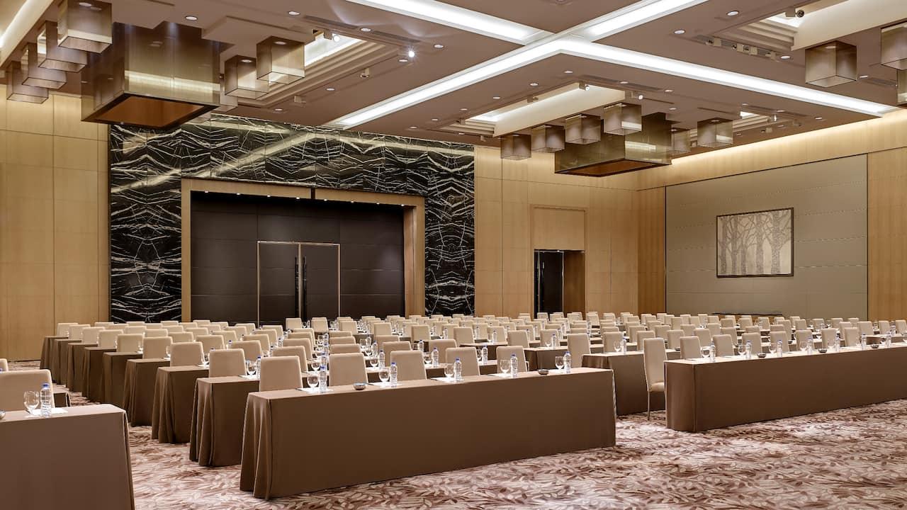 Ballroom Meeting Classroom