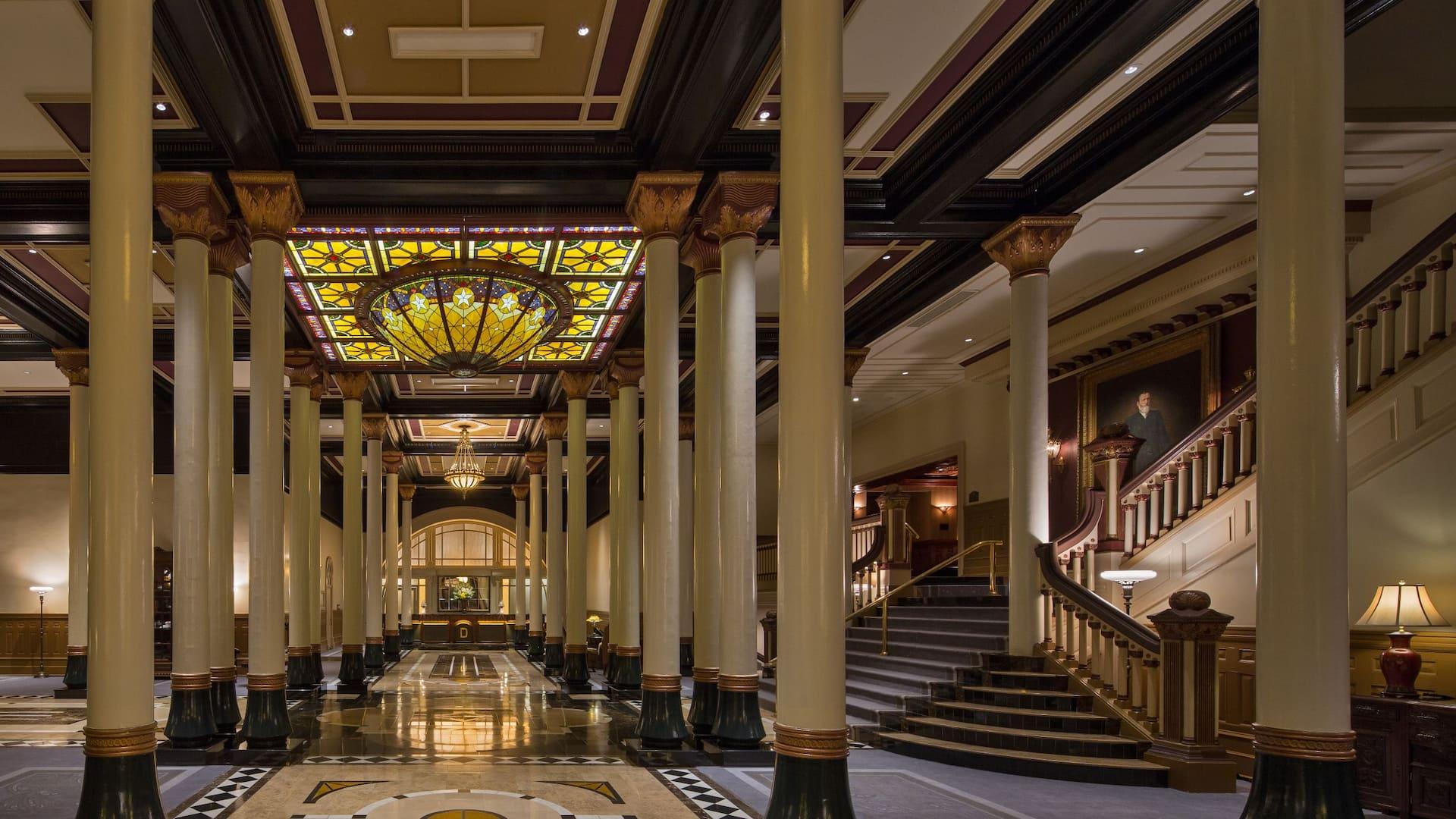 Hotel Atrium The Driskill