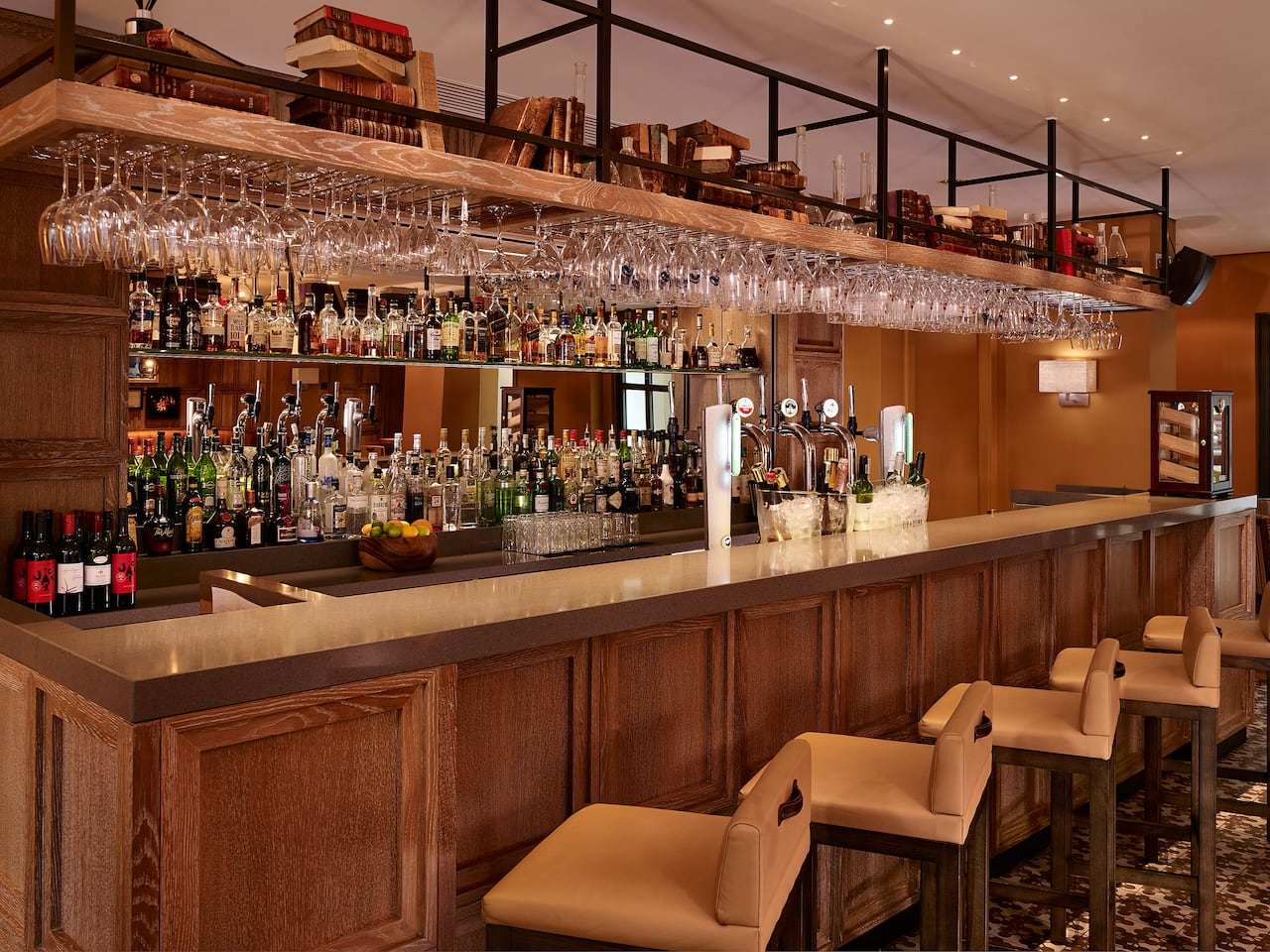 The Gentleman And Scholar Bar