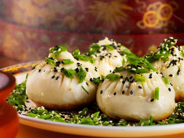Pan-Fried-Pork-Buns-Sesame
