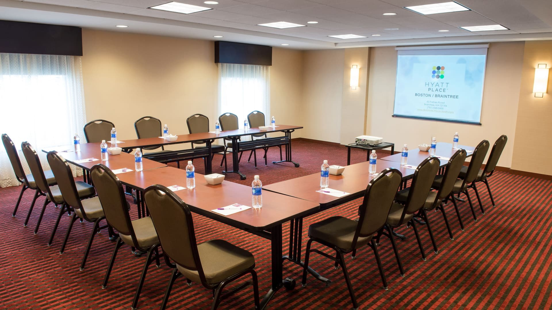 Hyatt Place Boston Braintree hotel meeting space