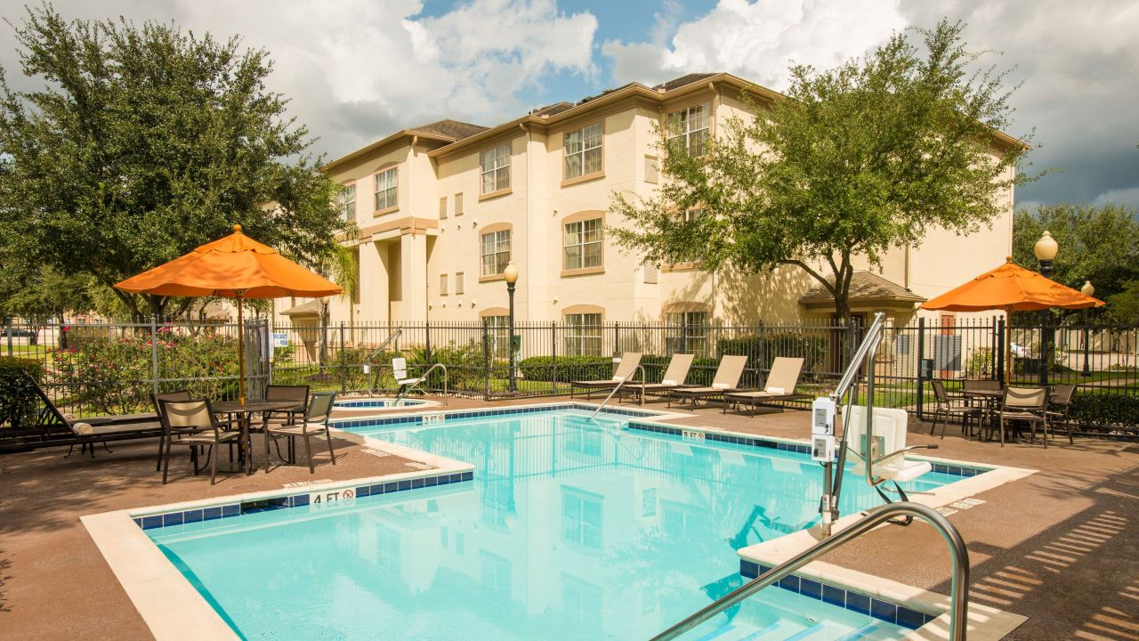 Hyatt House outdoor pool patio