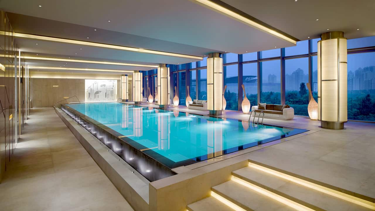 Yue Spa indoor pool