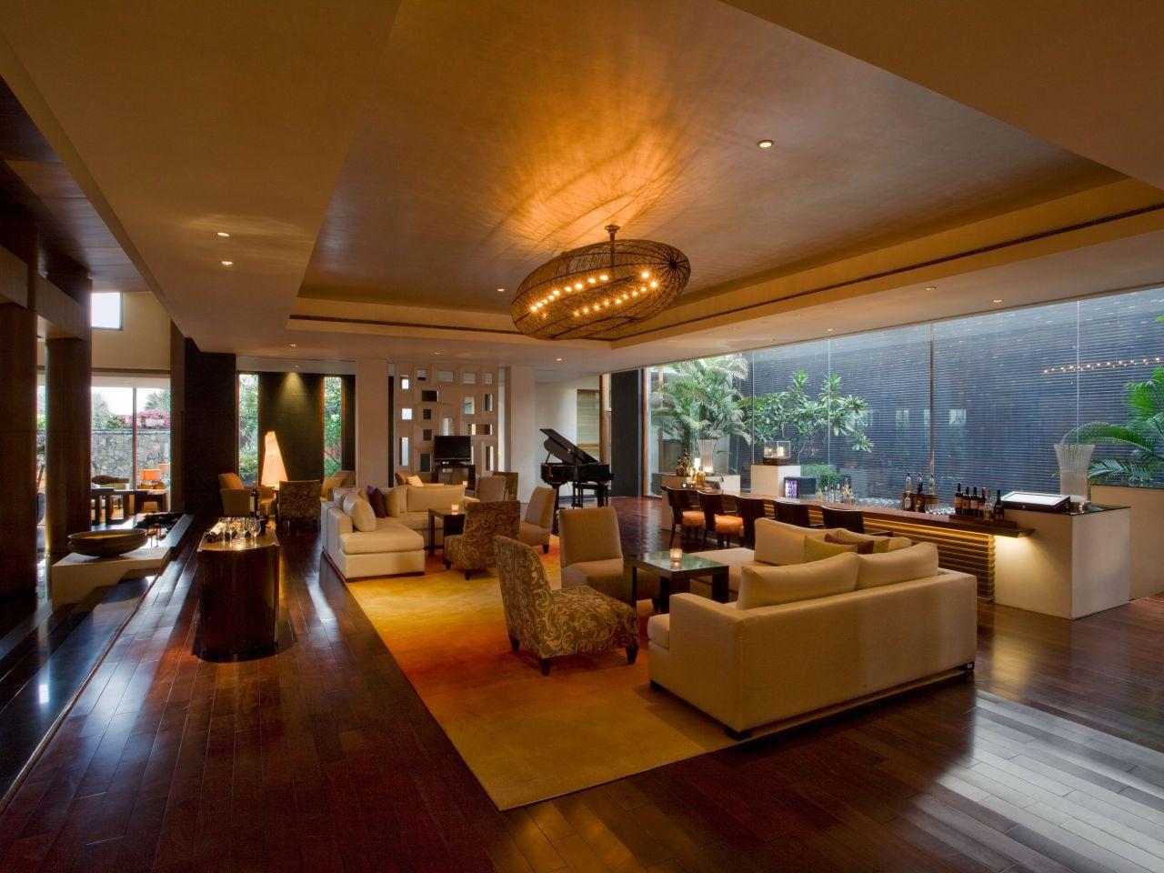 Hyatt Lounge Bar