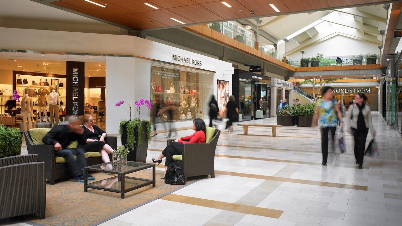 Bellevue Square Interior