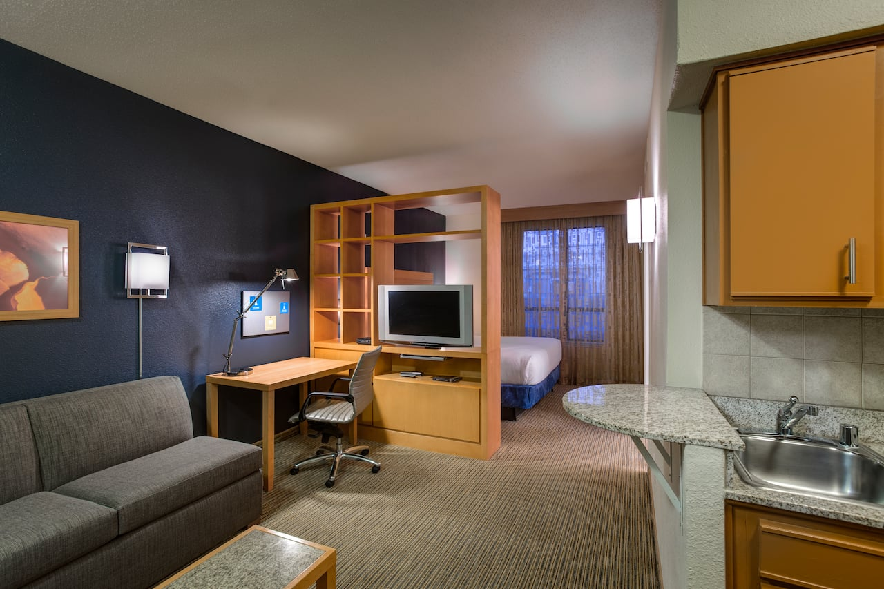 HYATT HOUSE DALLAS/UPTOWN | Deluxe Studio Suite