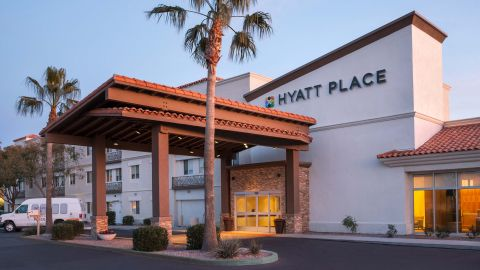Hyatt Place Phoenix Chandler-Fashion Center