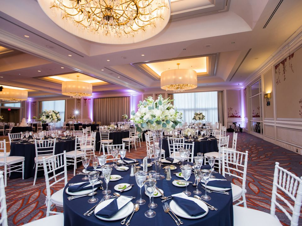 Gorgeous wedding at the Hyatt Regency Boston