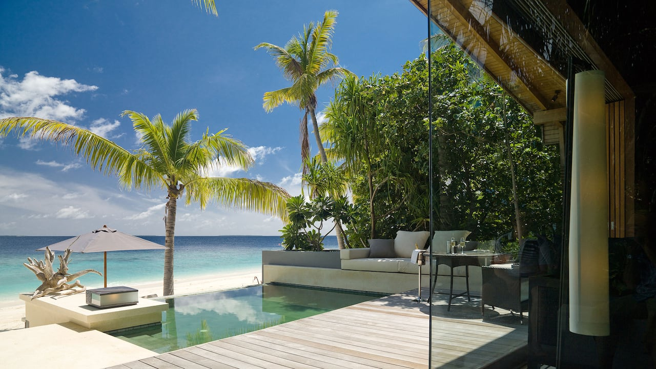 Bedroom, bathroom and private deck with plunge pool
