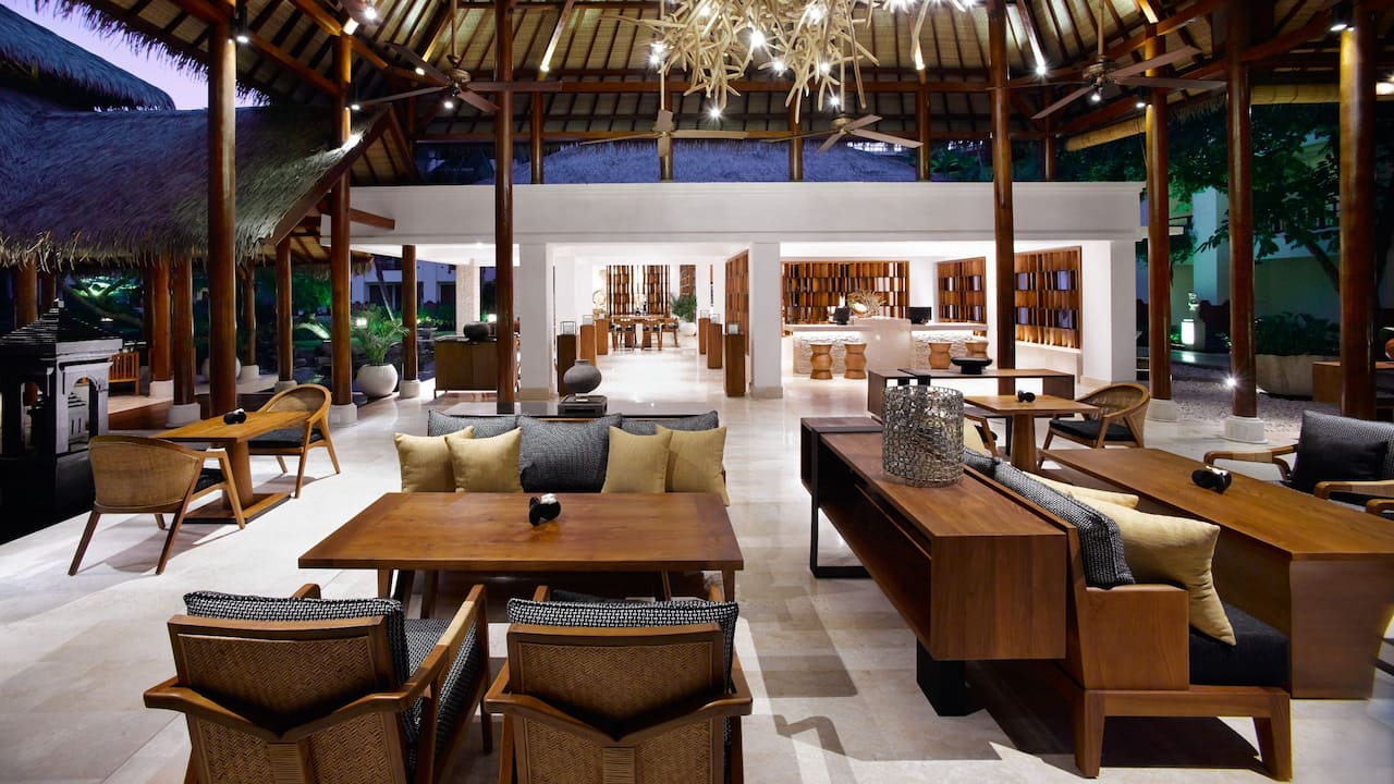 Grand Club Lounge, Grand Hyatt Bali