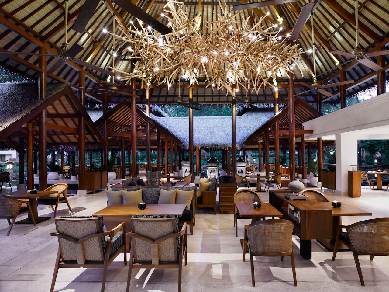Grand Club Lounge Nusa Dua Bali, Grand Hyatt