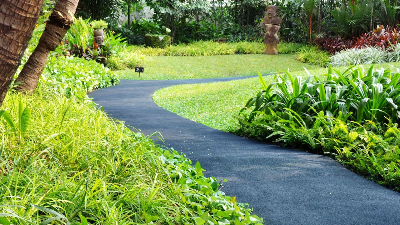 Jogging Track Close to Pool The Grand Hyatt Hotel Jakarta