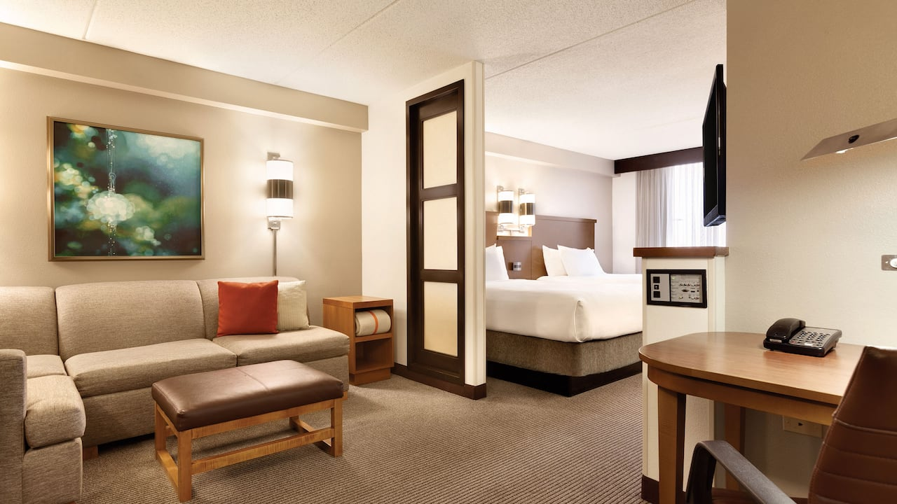 Room with King Bed and Sofa Hyatt Place Chantilly/Dulles Airport-South