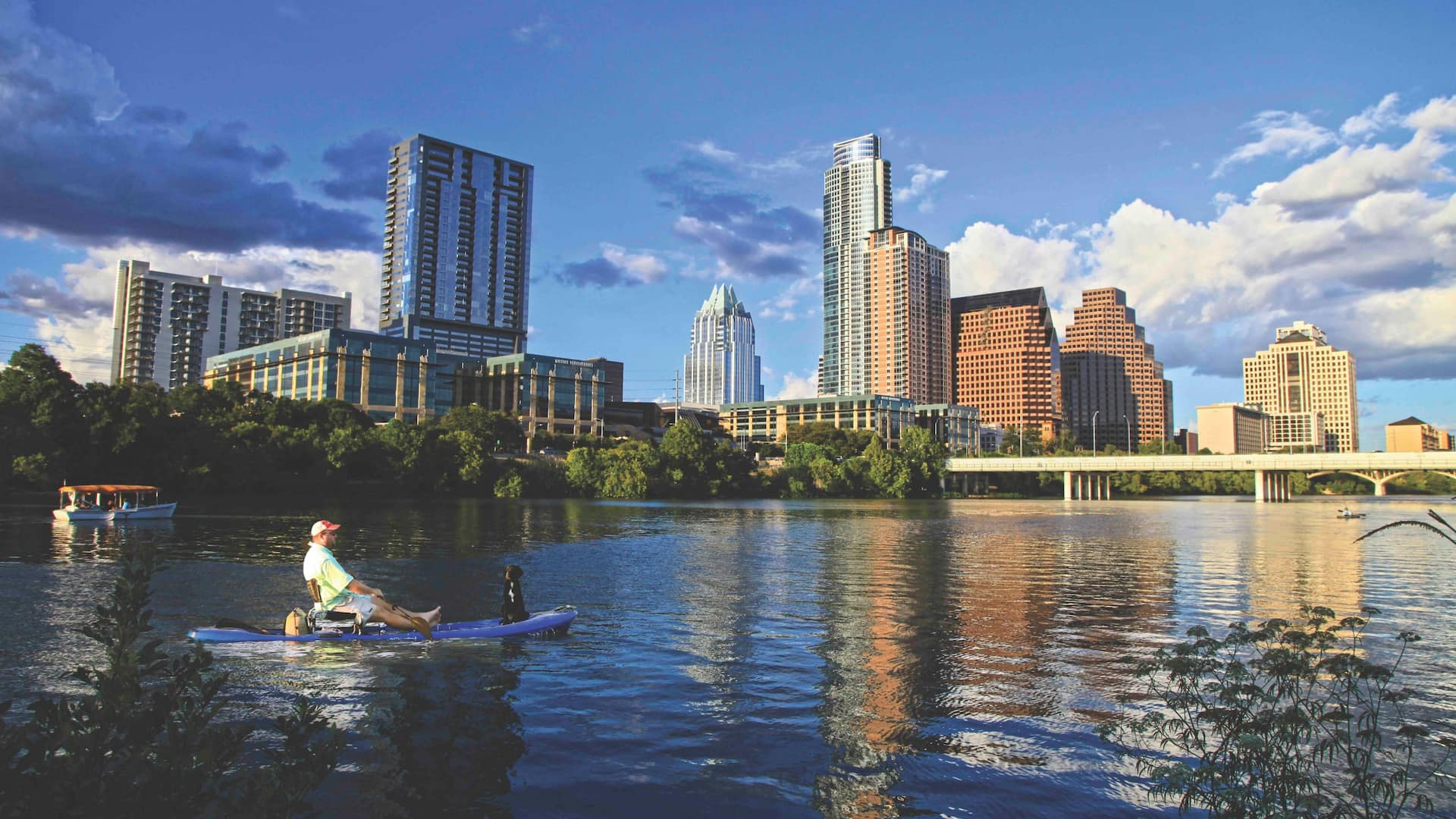 Hyatt Place Austin Downtown Skyline