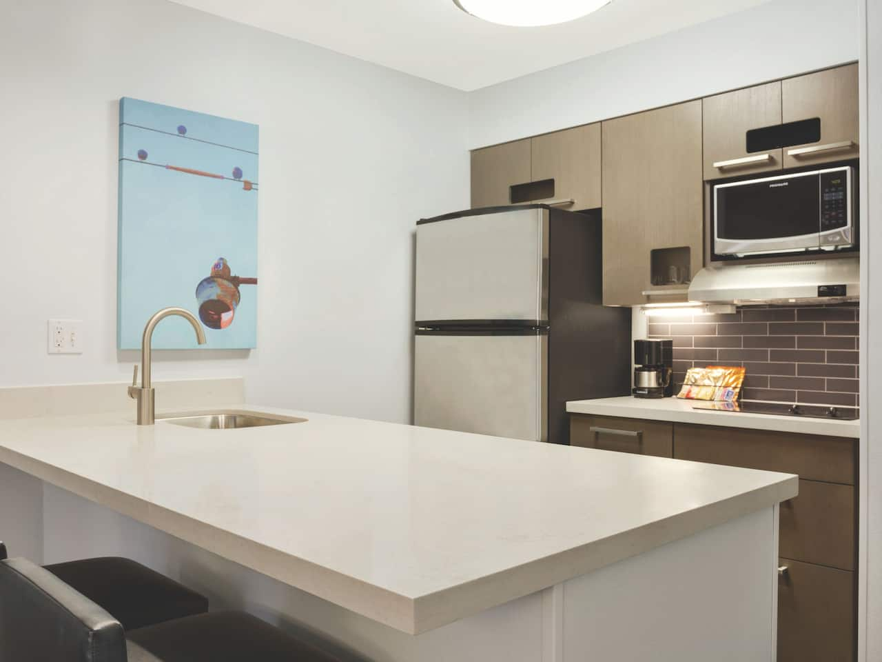 5.	Hyatt House Cypress/Anaheim Hotel Kitchen Suite