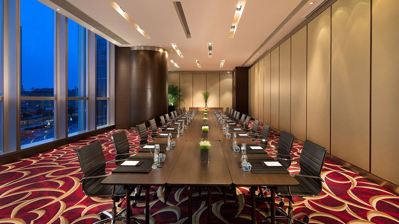 Salon Boardroom