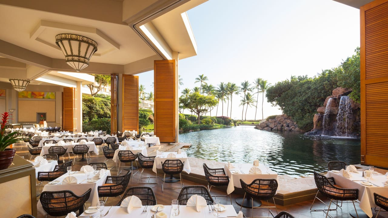 Covered waterfront restaurant at Hyatt Regency Maui