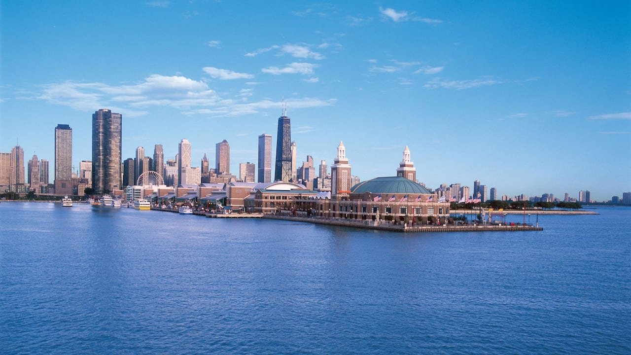 Hyatt Place Downtown Chicago The Loop Navy Pier and Chicago Skyline