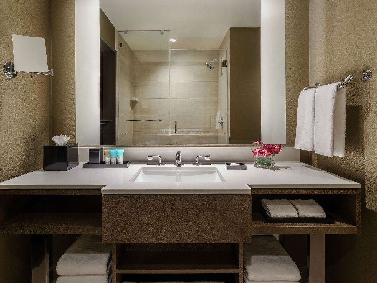 Standard Bathroom Vanity Hyatt Regency Tysons Corner Center