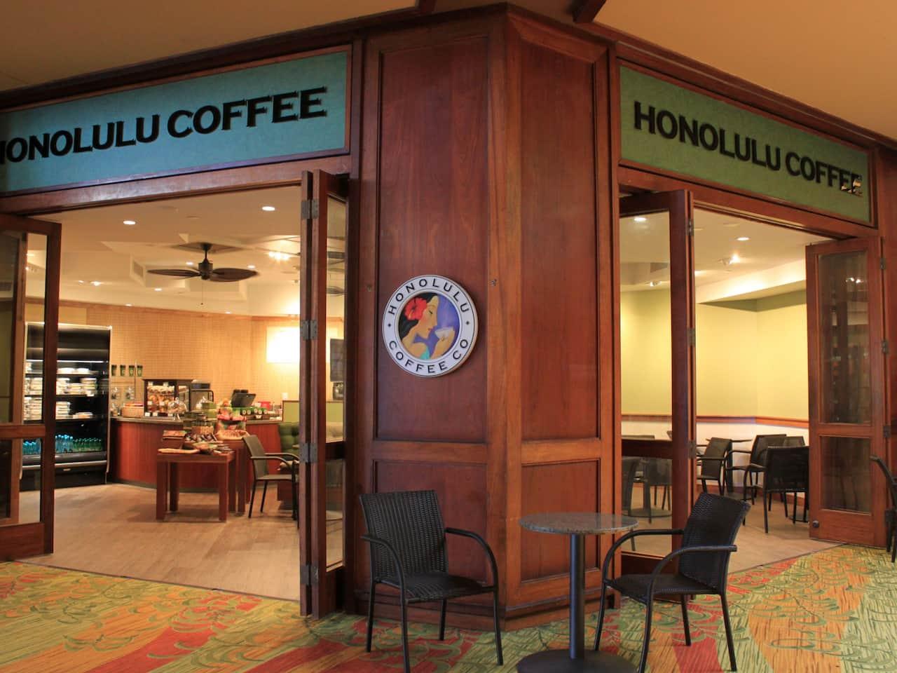 Coffee shop inside Hyatt Regency Maui Resort and Spa