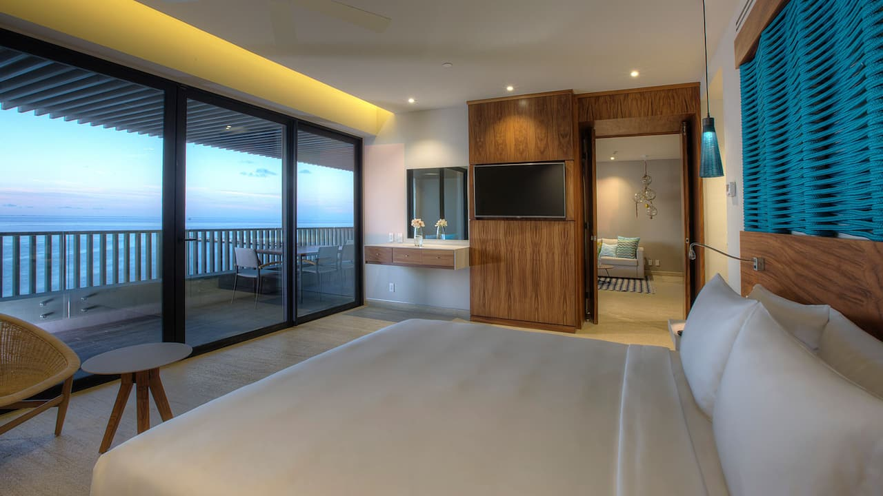 Suite Bedroom