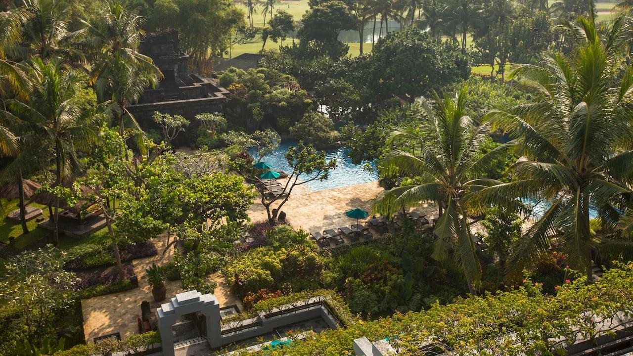Hyatt Regency Yogyakarta Swimming Pool