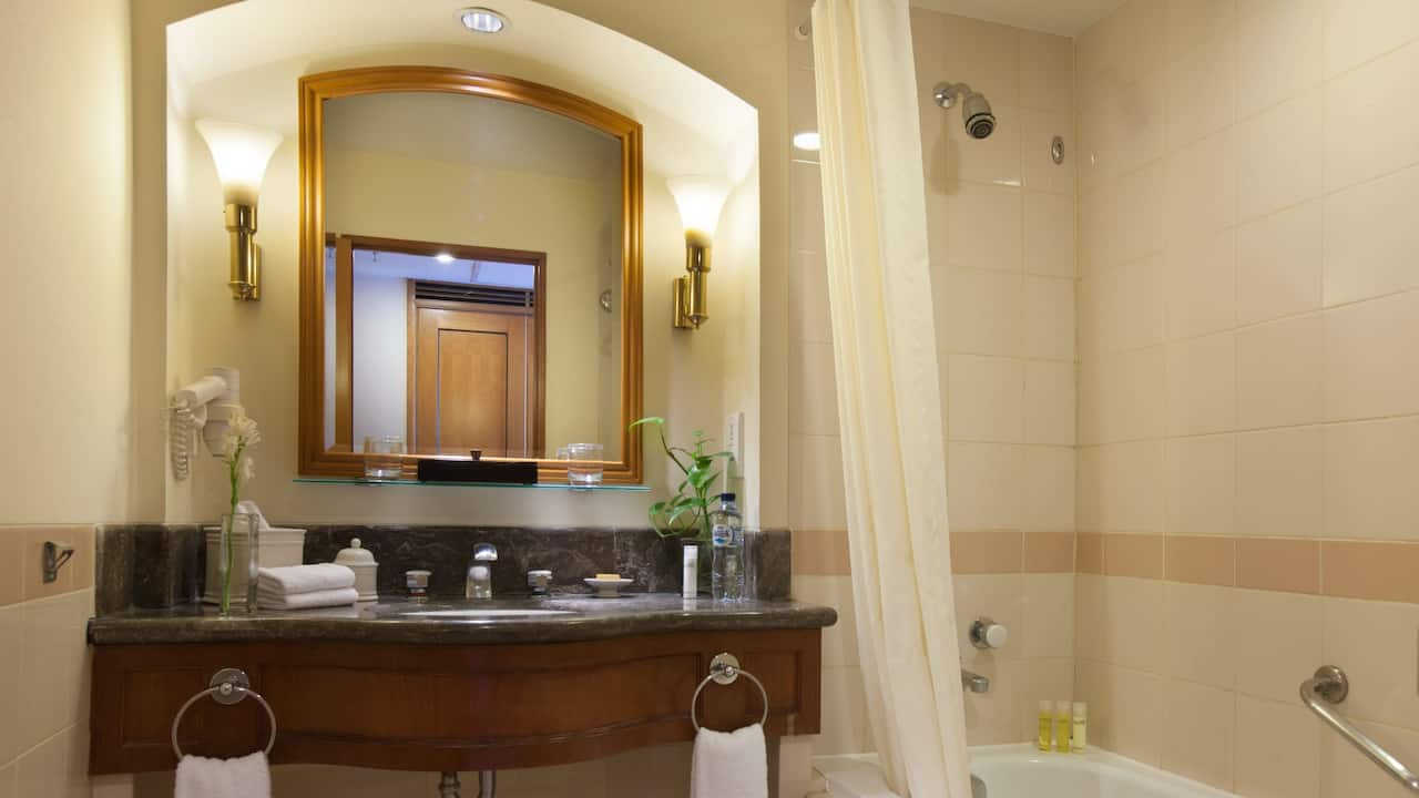 Luxury Marble Bathroom at Hyatt Regency Yogyakarta Hotel