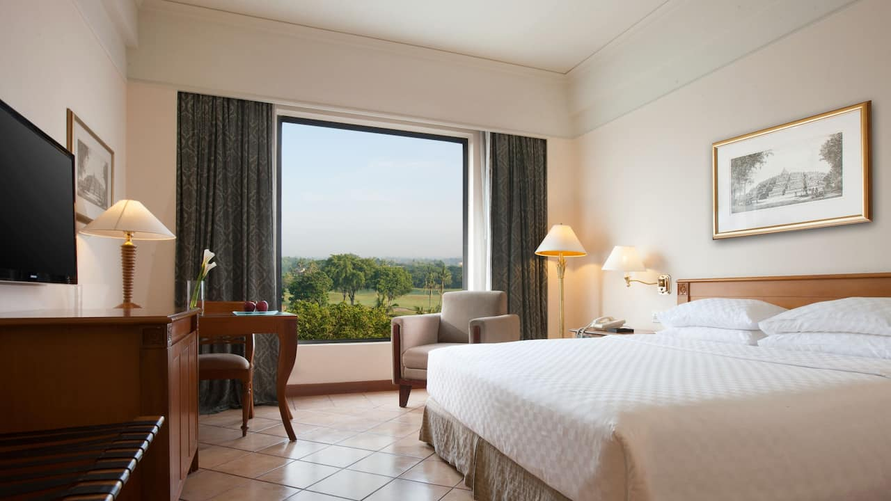 1 King Bed Club Room at Hyatt Regency Yogyakarta