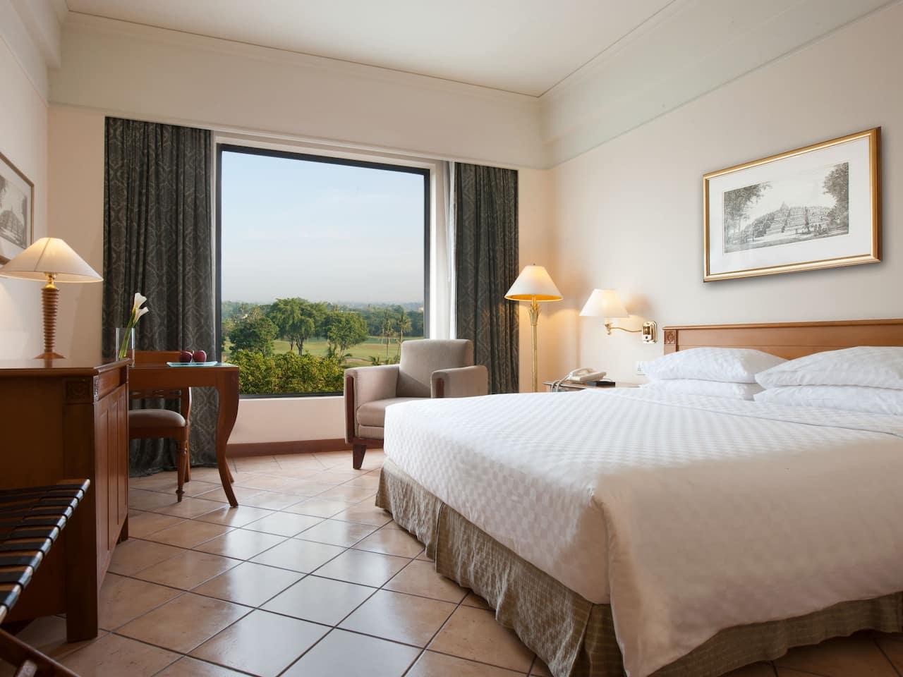 1 King Bed Room Hyatt Regency Yogyakarta