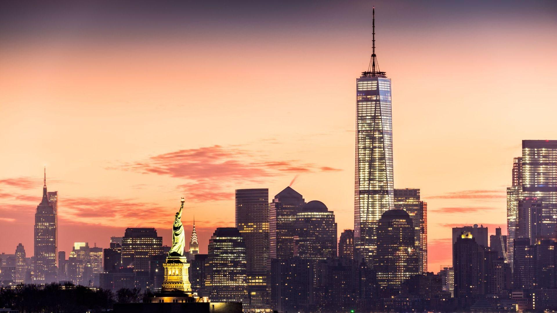 Andaz Lower Manhattan at Sunrise