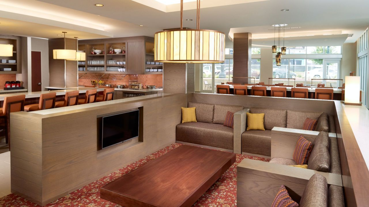 Hyatt House Atlanta Downtown Lobby