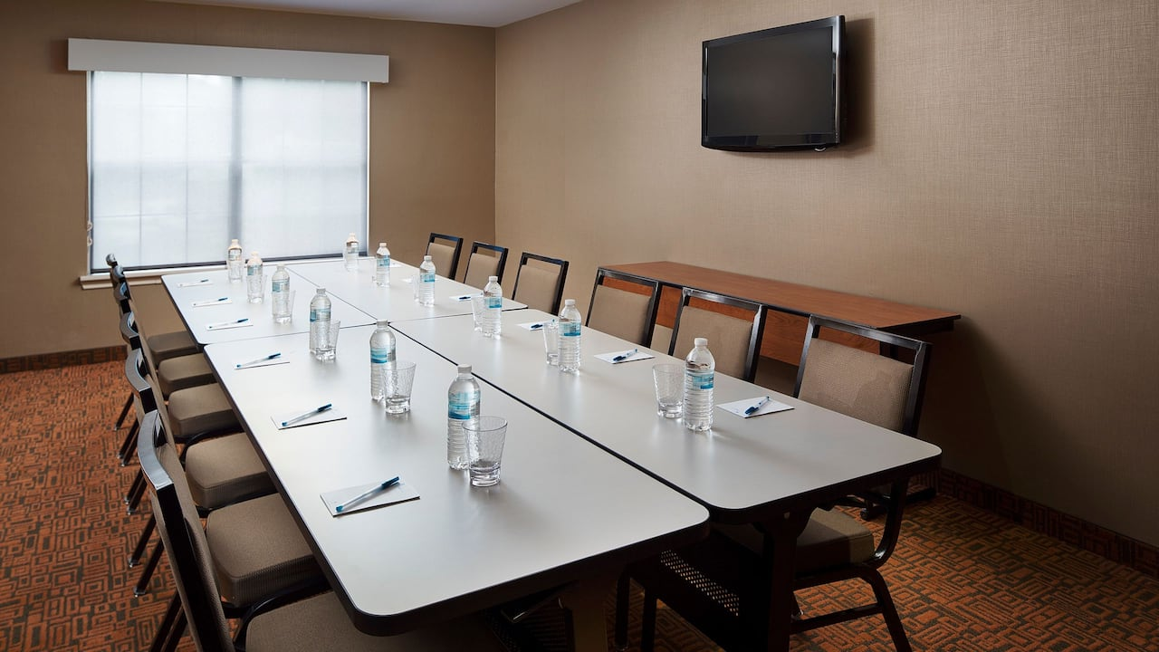 Hyatt House Austin Arboretum Conference Room