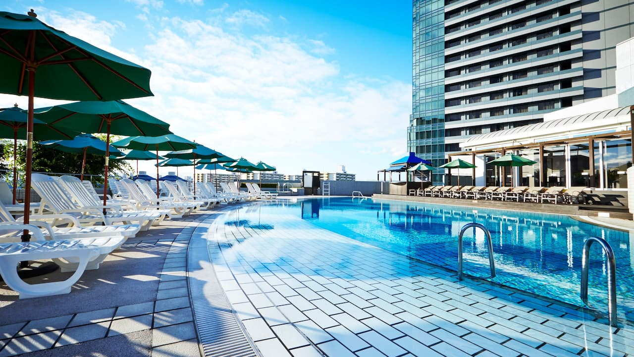 Outdoor Garden Pool - Hyatt Regency Osaka