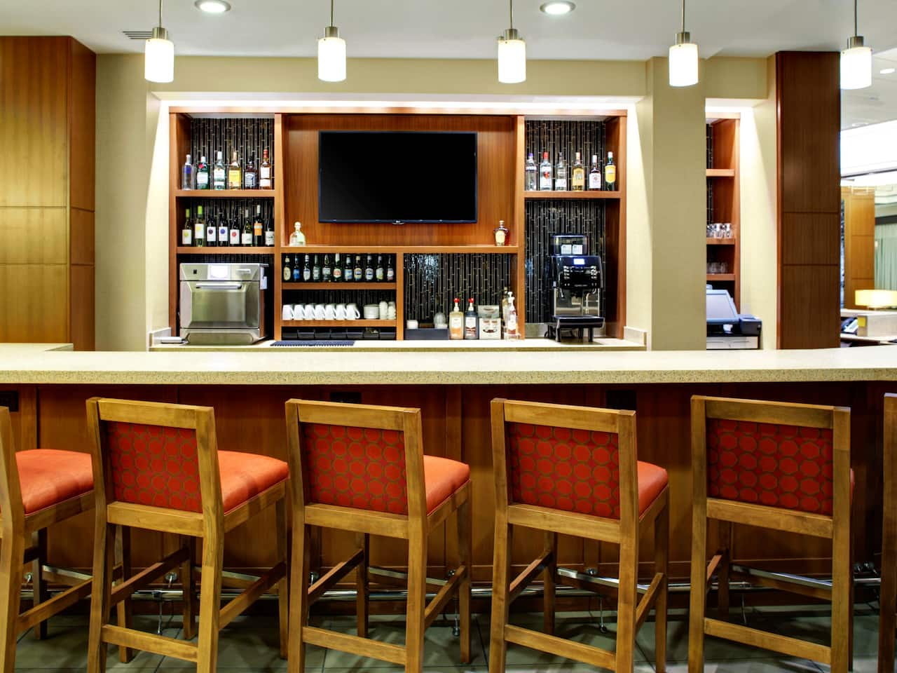 Hyatt Place Columbia / Downtown / The Vista lobby bar