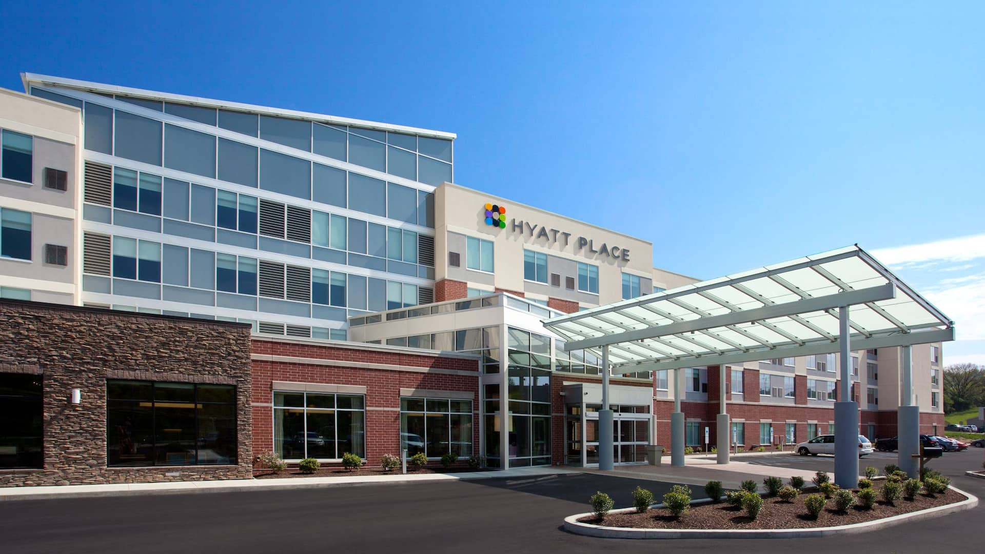 Hyatt Place Pittsburgh Meadows Racetrack and Casino Exterior Day
