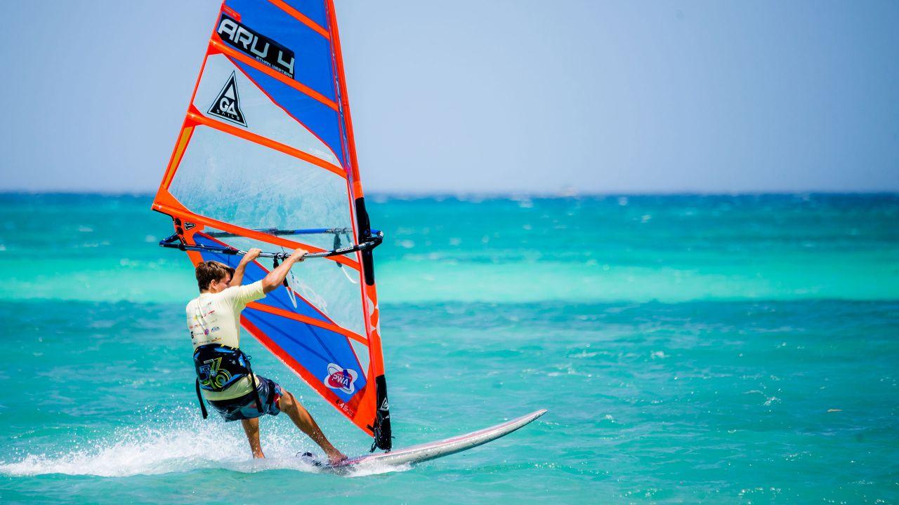 Windsurfing on Palm Beach