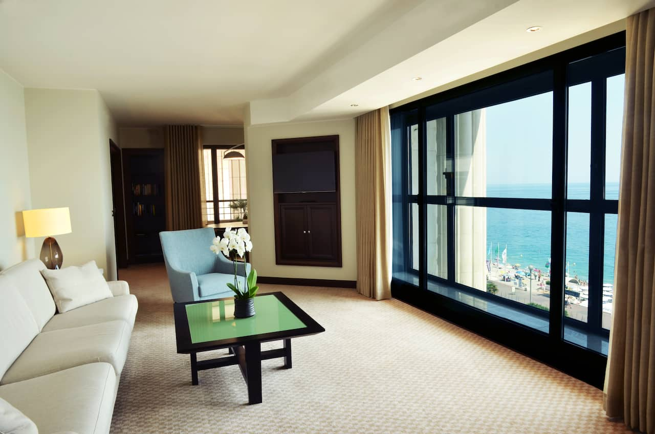 Room with sea view in Nice France