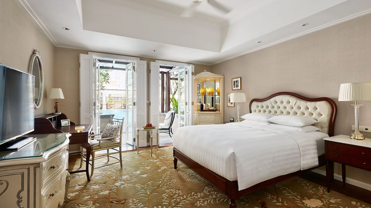 Park Hyatt Saigon 1 King Bed Deluxe Room with a Private Terrace