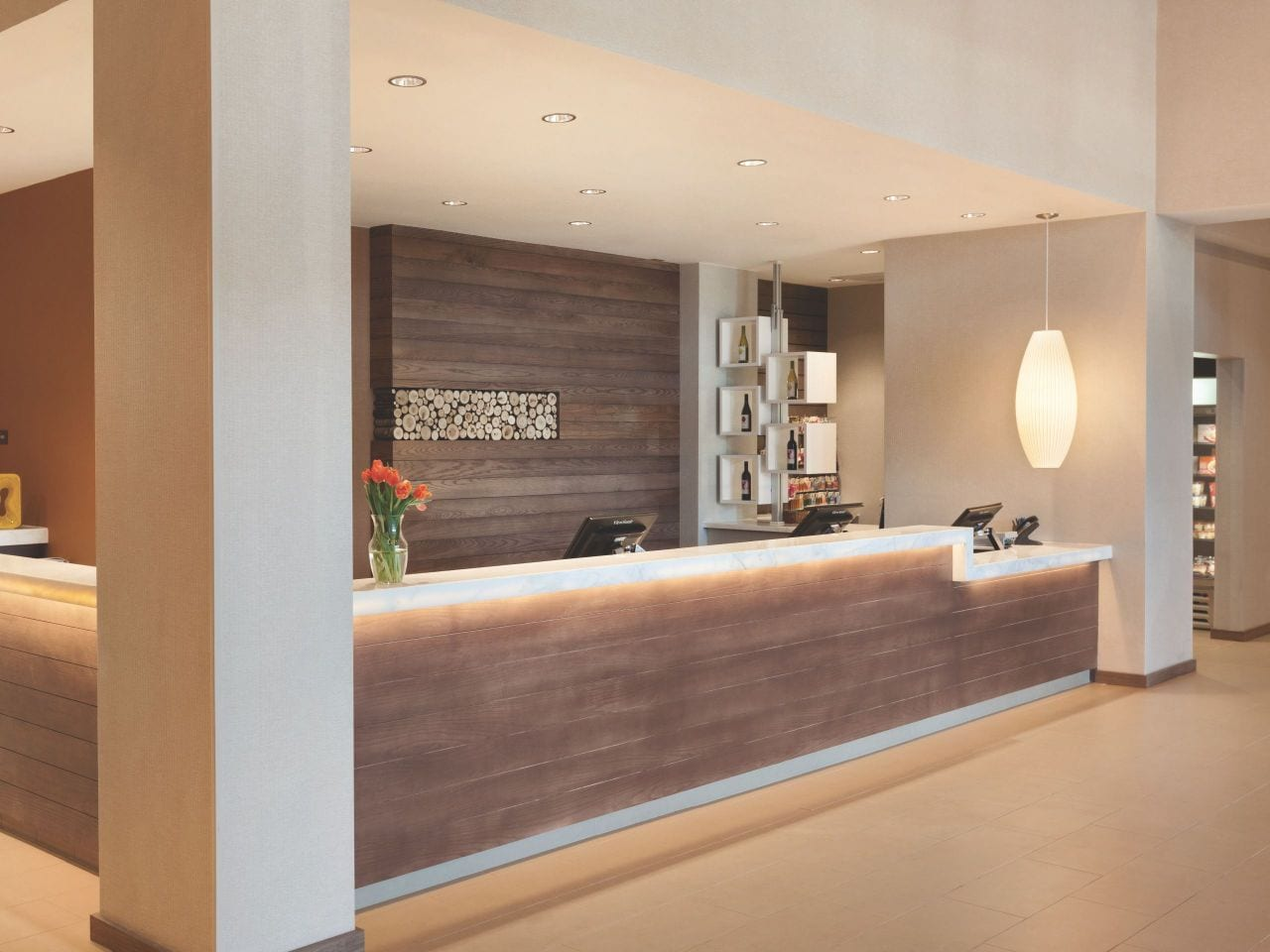 Front Desk Hyatt House Emeryville / San Francisco Bay Area