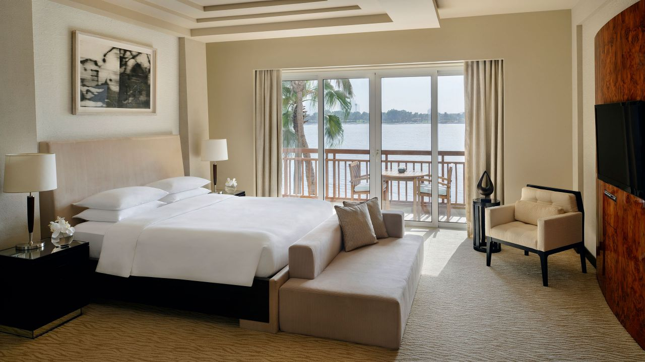 Park Executive Suite Bedroom