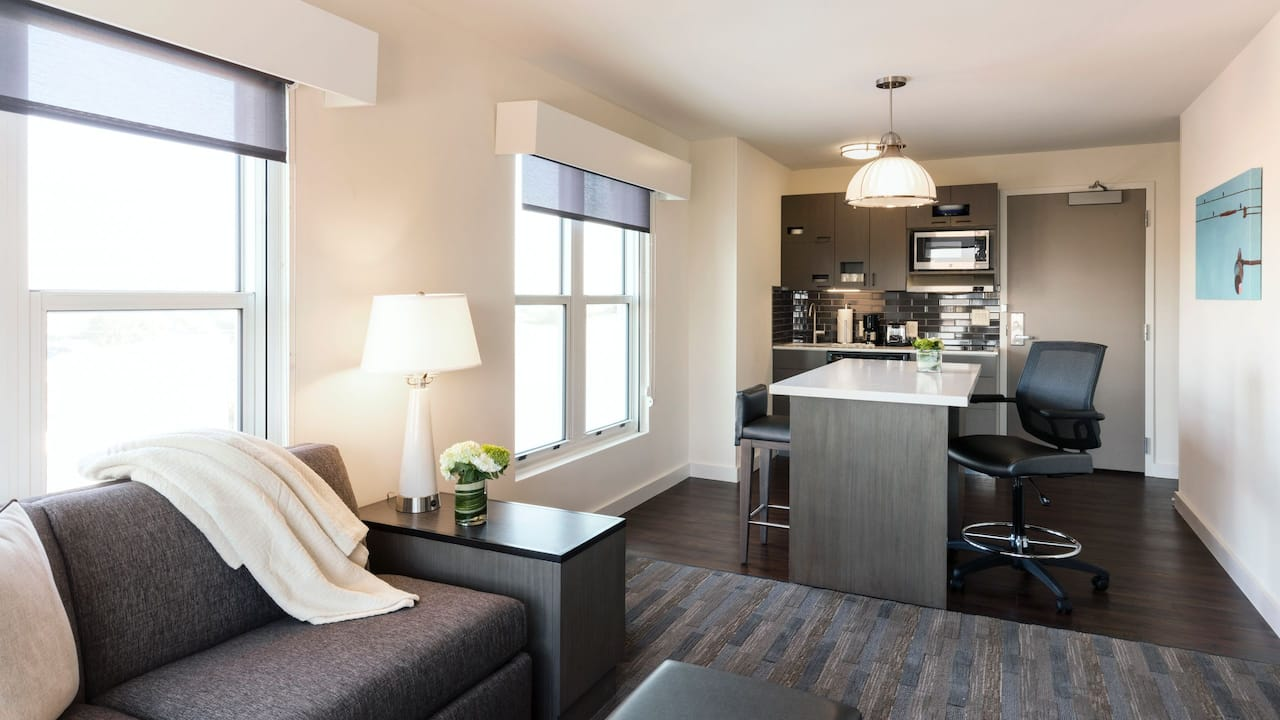 Hyatt House Charleston/Historic District Studio
