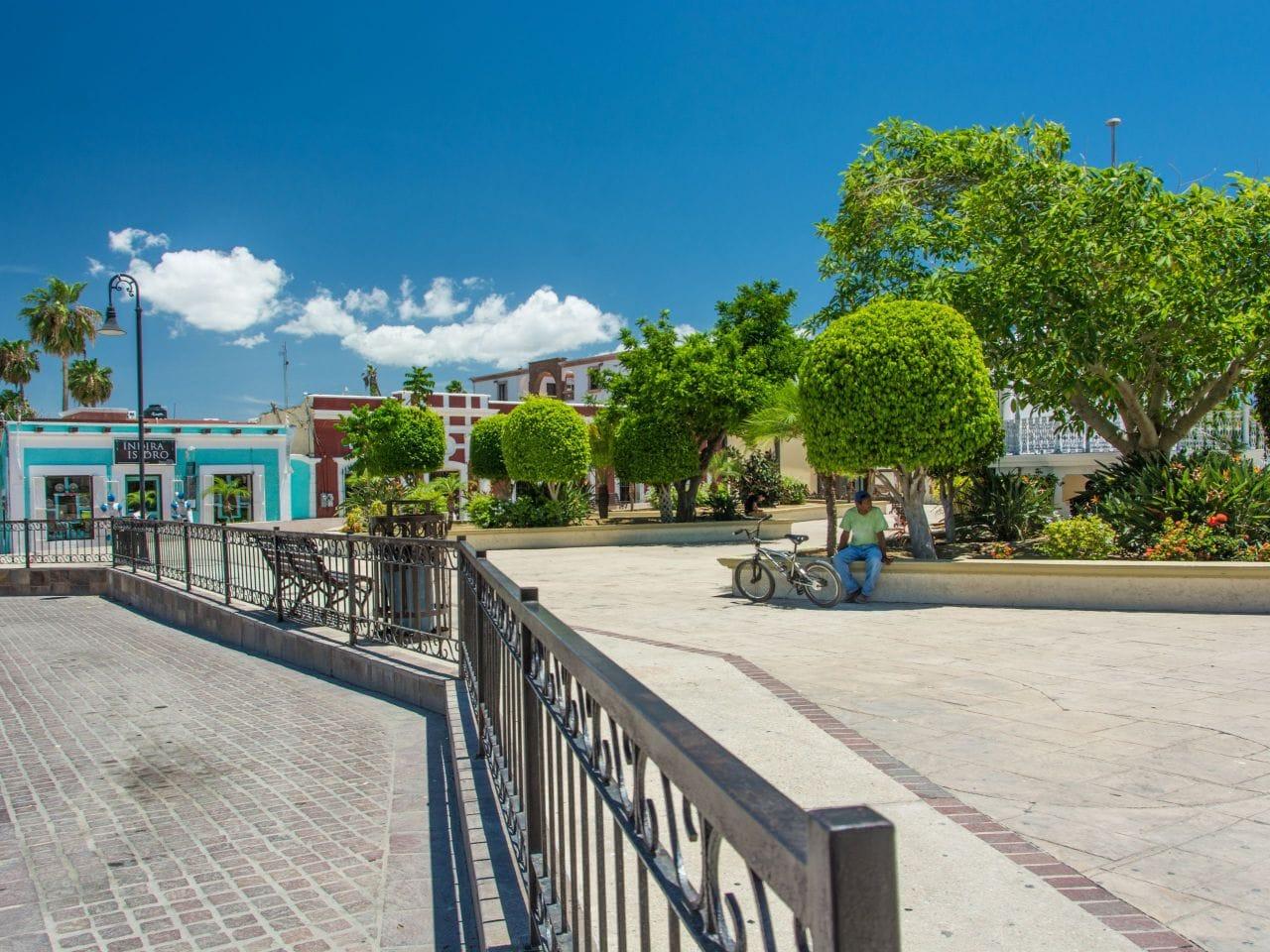 San Jose del Cabo Plaza