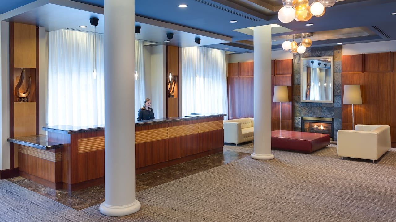 Lobby with Agent at Front Desk
