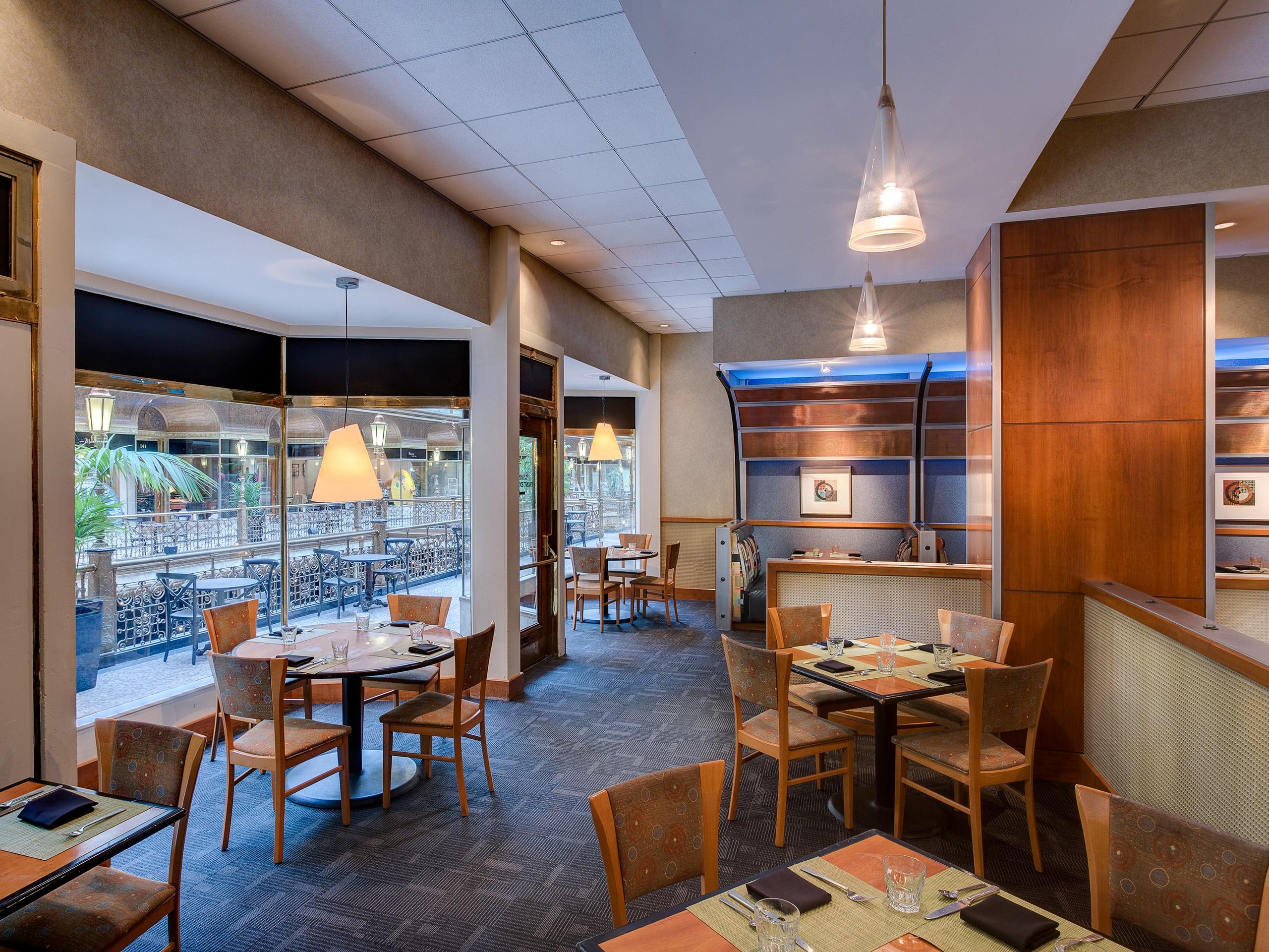 Downtown Cleveland Restaurants Hyatt Regency Cleveland